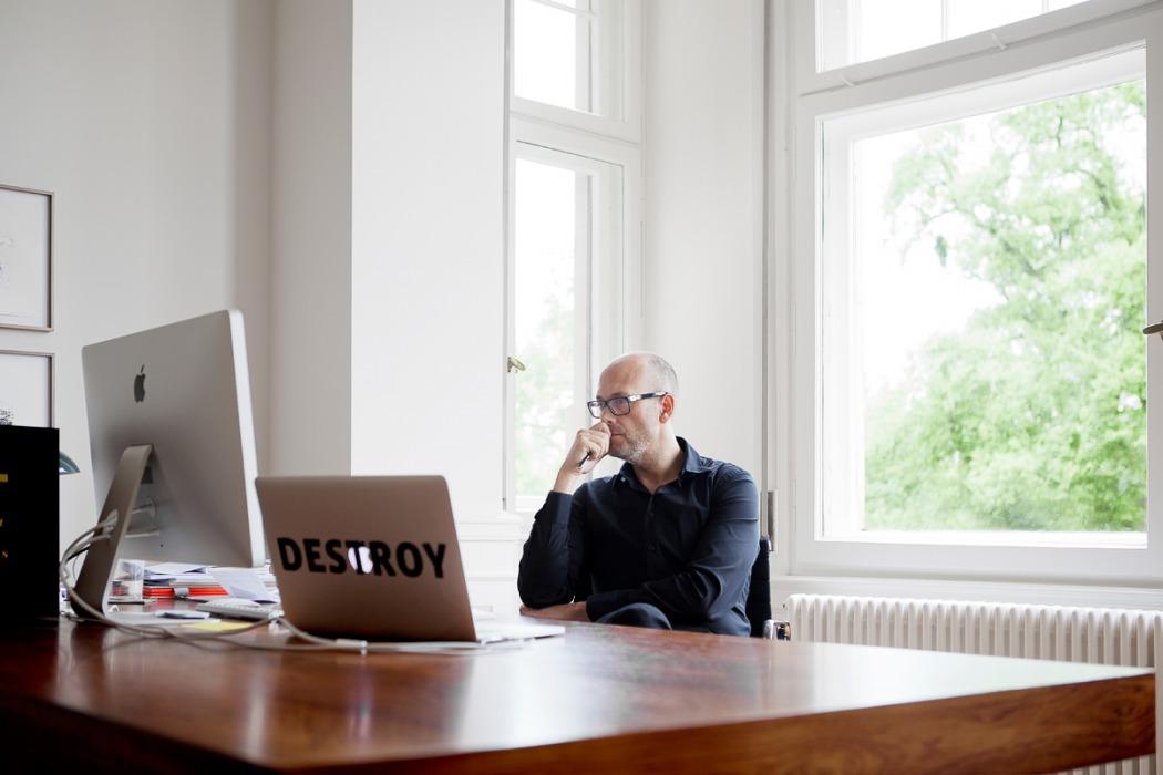 Prof. Holger Schmidhuber – CEO
